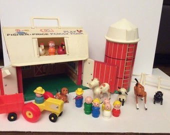 Play Family Fisher Price Farm