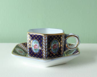 Mini cup and saucer - vintage