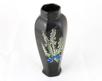 Vase / Antique Vase / Shelley Vase / Pottery Black Vase / Vase  with White Heather Design / Decor Vase / Flower Vase / Home Decor Vase