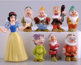 Snow White and the Seven Dwarfs action figure cake toppers 8 pcs snow white birthday party collectible fairy garden