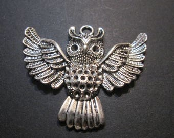 charm / metal OWL pendant silver 51 x 43 mm