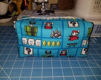 Super Mario cosmetic/storage bag