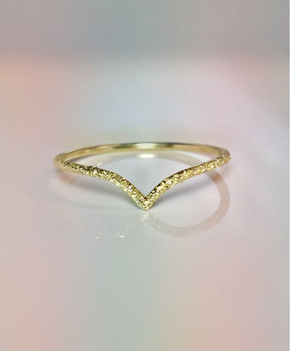 SALE 14k 10k Solid Gold La s Elegant V Chevron Ring