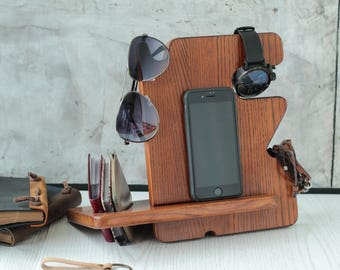 Charging station organizer Wood charging station Apple watch charging dock Best dock station Christmas gifts for men
