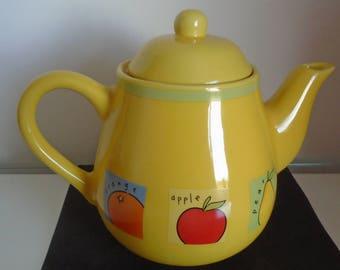 Rayware Yellow Fruit Teapot, Lidded Teapot, Ceramic Teapot, Afternoon Tea, Tea Party, Tea Lover, Teapot Collector, Vintage