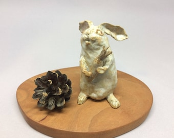 sculpture rabbit,handmade gift,animal artwork,Home decorations,pottery,Art Collection,lucky