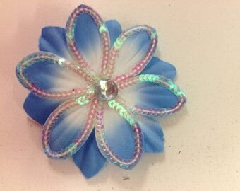 Sequined flowers with pin