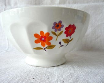 Lovely Large French Vintage Cafe au Lait Bowl, 1960s Bold Colors Flower Decor, Faceted Breakfast Bowl,