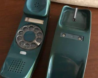 Vintage Slim Rotary Telephone