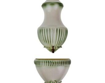 Vintage Royal Haeger Pottery Lavabo Wall Fountain Wall Pocket