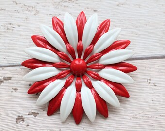 American 1960s Statement Enamel Red & White Flower Brooch