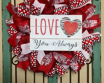 Valentine's Day Wreath, ,Valentine's Day Deco Mesh Wreath, Valentine's Front Door, Heart Wreath, Love Wreath, Red and White, Mesh Wreath