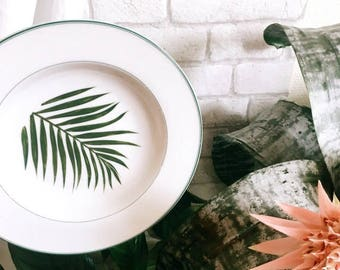 Set of two plates fern