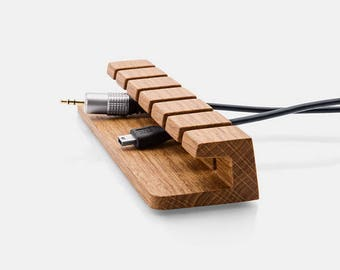 Wood Cable and Charger Organizer – Power and load cable management