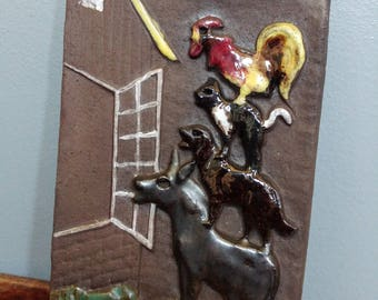 Vintage Ceramic Town Musicians Of Bremen Plaque // Brothers Grimm Fairy Tale Wall Art // Rustic Decor Great For Kid's or Baby's