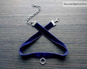 Dark blue choker, velvet choker, navy blue choker, gothic choker, silver ring choker, gothic necklace, velvet necklace, silver ring necklace