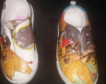 Lion guard hand made shoes ! With Kion!