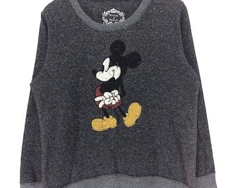 Rare !!! MICKEY & MINNIE Embroidery Logo Crewneck Sweatshirt vtg Cartoon Walt Disney Shirt