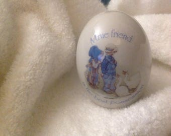 Vintage Holly Hobbie Egg-Holly Hobby, ceramic-1973
