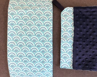 Turquoise Radiant - Turquoise & Navy Receiving blanket