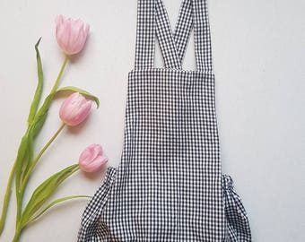 Small gingham romper