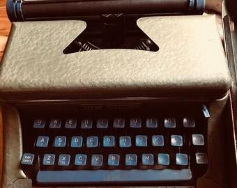 Vintage blue/green Tom Thumb Type writer 1940s