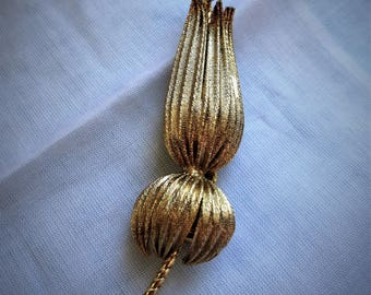 Beautiful Long Stemed Flower Brooch with Cultured Pearl Feature Light Gold Tone Textured Metal