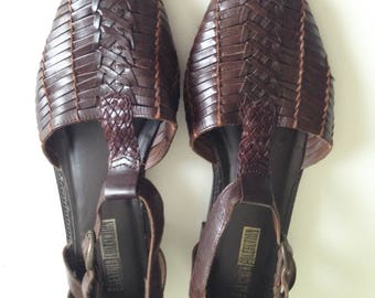 Dark Brown Leather T-strap Huarache Sandals Vintage Womens Shoes Size 10 US
