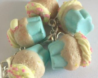Fimo handmade cupcake charm-mint
