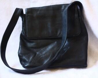1990s black leather satchel // vintage leather purse // leather shoulder bag