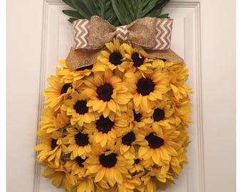 Pineapple Wreath