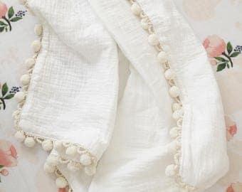 Muslin Pom Pom Blanket