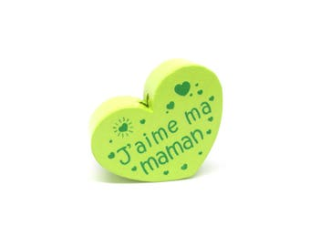 Wooden heart bead I love my mom lime green