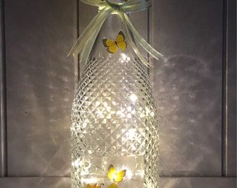 Flower Light Up Bottle, Dafodil Gift, Spring Decor, Gifts For Her, Gifts For Mum, Mothers Day Gift Idea, Flower Gifts, Birthday Gifts