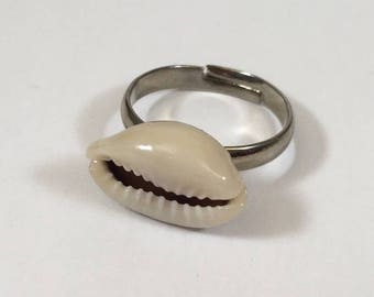Sterling Silver shell cowrie ring