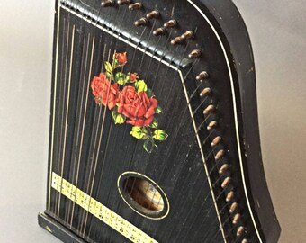 Zither old GITARR ZITHER 33 strings, Germany - works - good condition