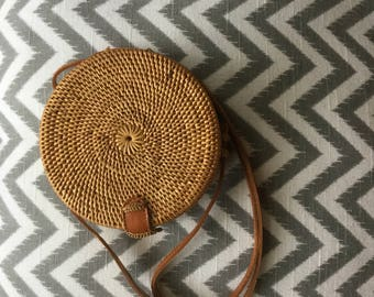 Lipe small round bag with lining, round rattan basket bag, Boho roundie shoulder bag,Round shoulder bag, Woven straw bag