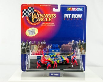 Winners Circle Nascar Pit Row Series Jeff Gordon Diecast Car