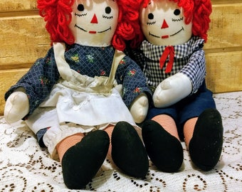 """Vintage 1980s  handmade Raggedy Ann and Andy 20"""" cloth dolls"""