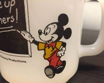 Disney Mickey Mouse School House Vintage Teacher Mug 1981 Glasbake