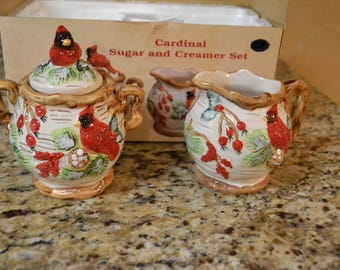 New Vintage Old World Holiday Cardianal Christmas Creamer Sugar Set