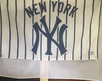 New York Yankees Wall Flag