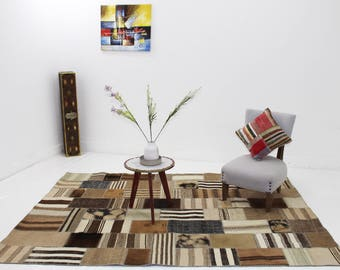 Tozdiyt patchwork rug with beautiful random pattern