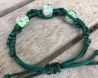 Green Glass Beaded Macrame Bracelet
