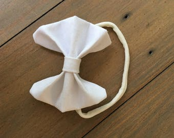 3 inch white patterned bow