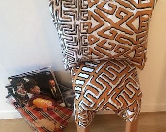 Cushion in BOGOLAN Africans-Orange/white/black/Zig-zag patterns