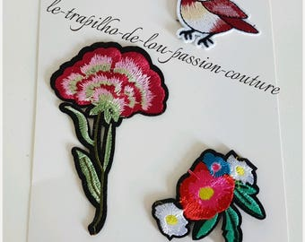 Lot 3 seconds / Patch / flower and bird badges
