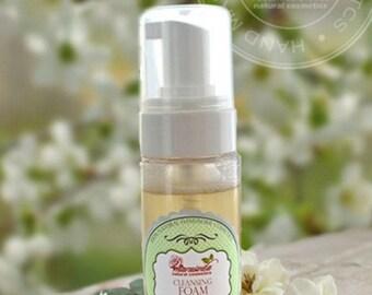 All Natural Foaming Facial Cleanser. Sensitive Skin Care. Herbal Fase. Organic Foaming Facial Cleanser. Vegan With Acne Fighting Green Tea