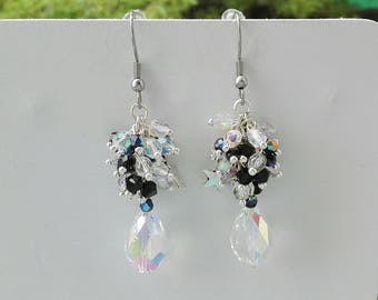 """""""Beverly"""" Pearl cluster Swarovski earrings black and white pearls romantic chic fancy women"""