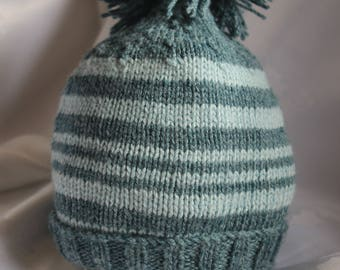 Baby hand knitted beanie from natural fibers 6-12 month size